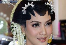 Makeup Pengantin Adat Jawa by Karen Shenna Makeup Artist