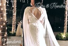 The Wedding of Hendra & Indri by METTA FEBRIYAN bridal & couture