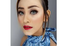 Sister Of The Bride Makeup by Eugenia Makeup Art