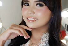 Makeup Pesta & Wisuda by Dini Bridal, Salon & Beauty Course