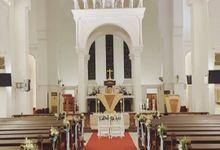 Mike & Jocelyn Church Wedding by Happyflorals