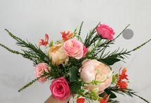 Botanical Bridal Bouquet - Artificial Flowers by Zarameadou Floral