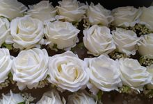 Lux Corsage by Upil's Shop Corsage Wedding