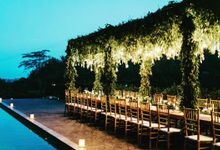 Romantic Dinner Beside Pool by CITTA Wedding
