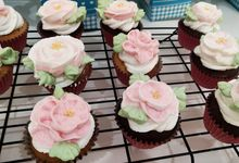 FLOWER CUPCAKE by Cakesatasa