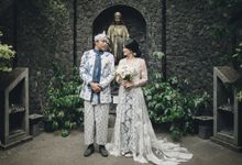 Iganz & Tenny Traditional Wedding by METTA FEBRIYAN bridal & couture