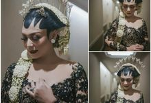 Edhita Aran Resepsi by Chandira Wedding Organizer