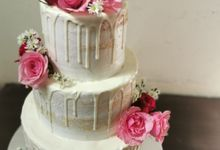 Simple In Pink by Sugaria cake