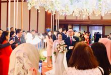 Theresia & Evan Tagor Wedding by HENRY BRILLIANTO