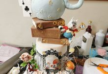 Alice N Wonderland.... by Sugaria cake