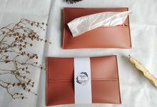 Tissue Holder by Fie Handcraft
