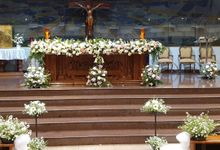 Dekorasi Gereja Alfonsus Rodriquez by nanami florist