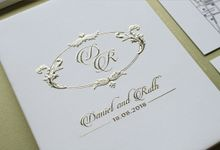 Daniel & Ruth by Vinas Invitation