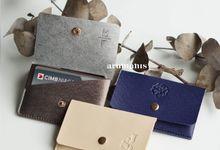 Kim Card Holder by Arumanis Gift