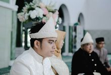 The Wedding Of Fajari & Anna by Dcenter Photography