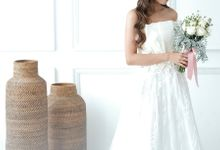 White Prewedding Gown by Byagnesisabela