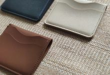 Cardholder by Wondrous Gift and Favor