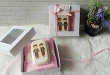 Suvenir Pernikahan Kemas Soft Box by Bigbless_craft