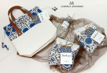 Mira Handle Drawstring Pouch Set by Marvala Souvenir