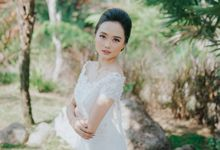 wedding moment by Athana_Photography