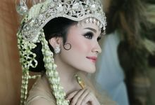 Sundanese Bride by Febreen Makeup Studio