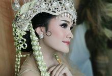 Sundanese Bride by Febreen Makeup Studio