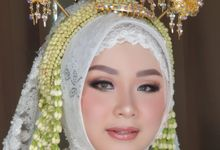 Pengantin Jawa Tanpa Paes by Aisya Argubi