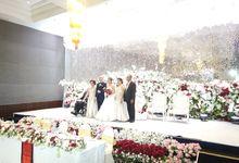 Angga & Mona Wedding by HENRY BRILLIANTO