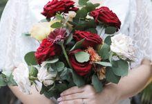 Khesyia Wedding Nails by PONINONI NAILS