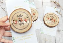 Wedding Fathan & Ajeng - Wood Glass Coaster by Greenbelle Souvenir