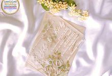 Beige Flory Mica Luxury by Sanggar Undangan