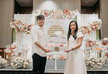 Ryan & Vonny's Engagement by Boosthampers Sangjit Seserahan Bali