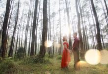 Henky & Eva prewedding moment by PhiPhotography