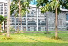 Financial Hall Outdoor Area by Skenoo Hall Emporium Pluit by IKK Wedding