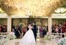 Discovery Hotel - Kisinger & Vina Reception by Impressions Wedding Organizer