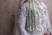 Wedding Day - Putri & Rizky by mdistudio