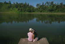Hokita & Livia Bromo Engagement by Ian Vins