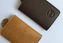 Chelsea Key Wallet by Anssy Crafts
