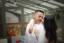 Prewedding of Wian & Dimas by Soe&Su