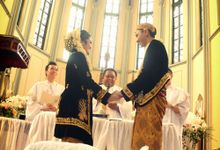 Love is Promise .. by Foto Wedding Bandung