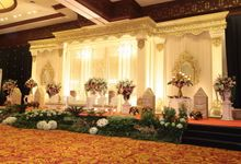 Balai Kartini - Padang Modern by Janur Kuning Art Decoration