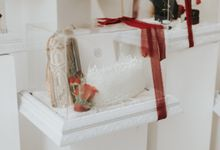 Indah Engagement Hampers by Bloomette