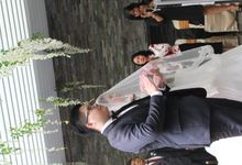Holy Matrimony at Swimming Pool by GRAND MERCURE Jakarta Harmoni