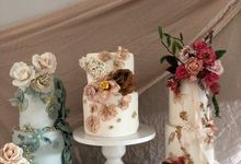 Textures & Edible Flowers by Réna Cake Boutique