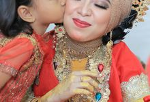 Buginese Traditional Wedding by Varadina Pictures