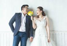 Elly & Raymond by Nova Stephanie