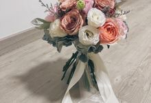 Bridal bouquets by Fleur Alley