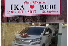 The Wedding of Ika & Budi by sapphire wedding car