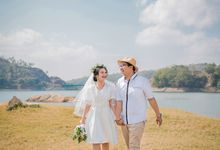 Prewedding Of Eka & Vesty by Alovia Photography