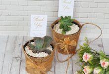 Wedding Of Aldous & Michella - Sukulen Goni Pita by Greenbelle Souvenir